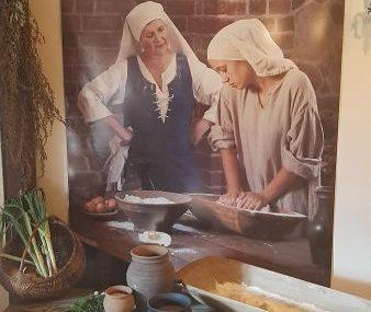 PCE w średniowiecznej kuchni